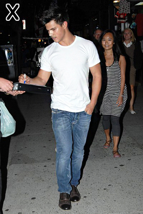 Taylor Lautner heads out for dinner in Vancouver
